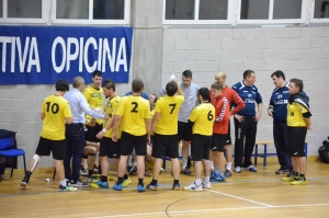 L'Opicina durante un time out
